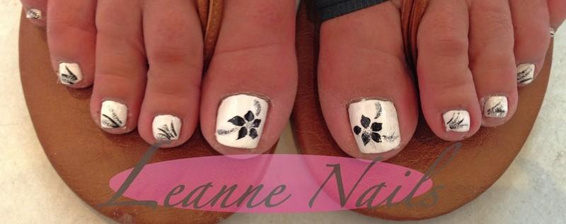 Leanne Nails Toenail Designs